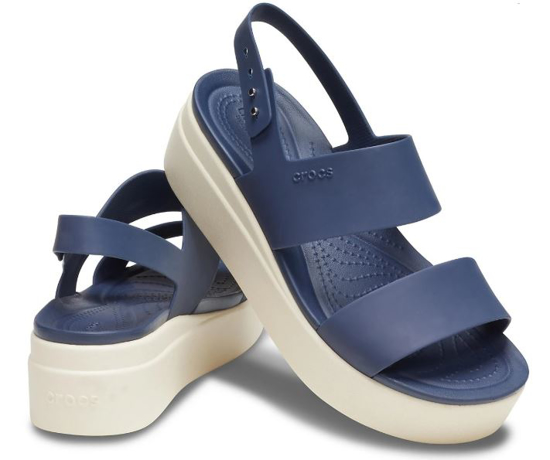 Picture of CROCS brooklyn low wedge 206453 46K navy stucco